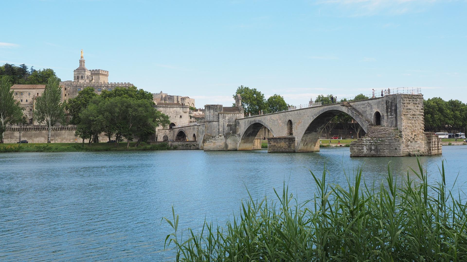 pont-saint-benezet-1521553_1920